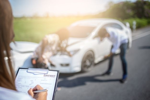 What To Do In The Initial Stage After An Accident?